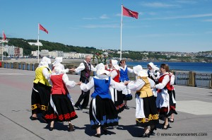 Manx Folk Dancers on Douglas Promenade © Peter Killey