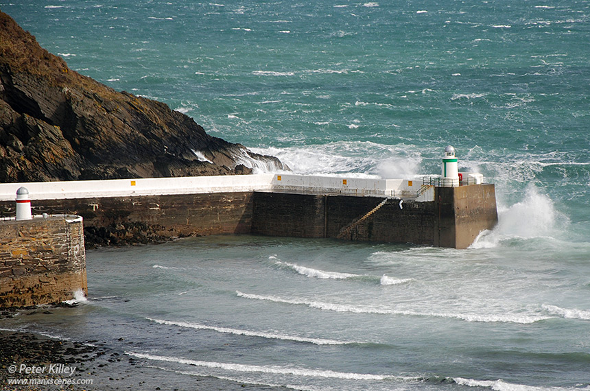 Laxey Outer Breakwater - © Peter Killey