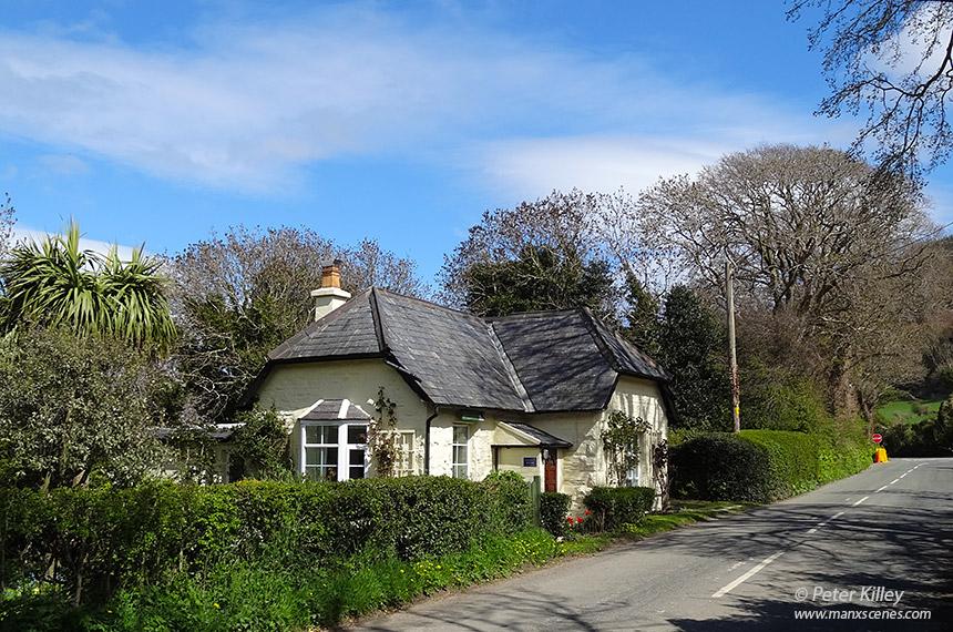 Ballacrye Gate House - © Peter Killey