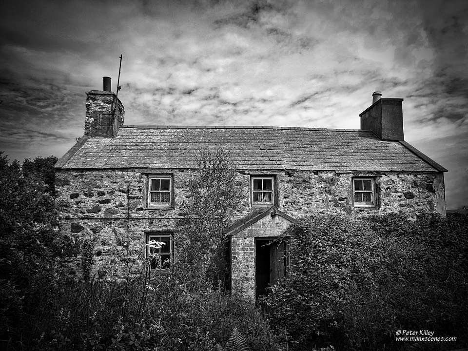 Derelict in B&W © Peter Killey - www.manxscenes.com