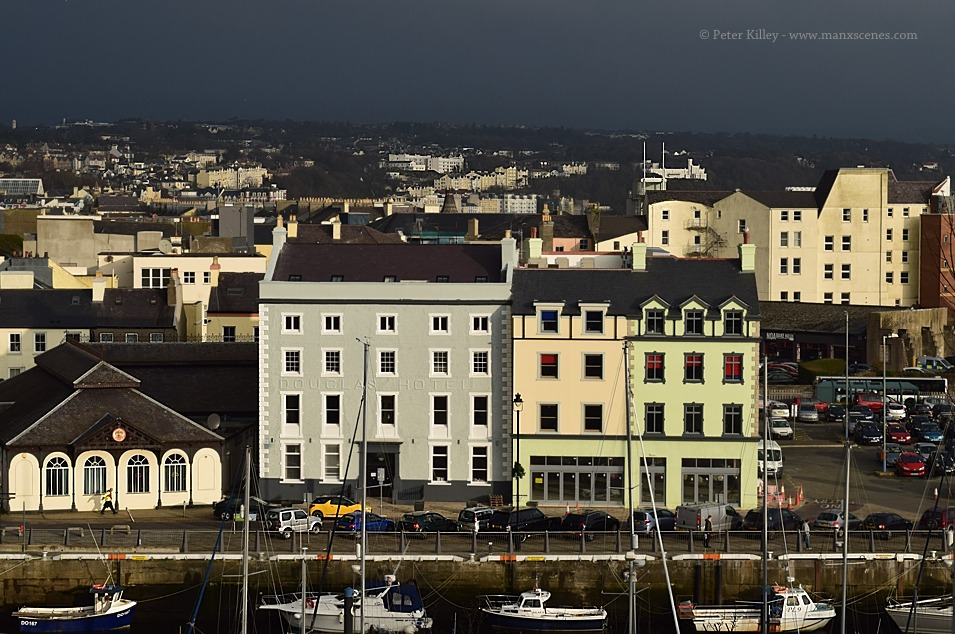 British Hotel & Clarendon Hotel  on North Quay © Peter Killey - www.manxscenes.com