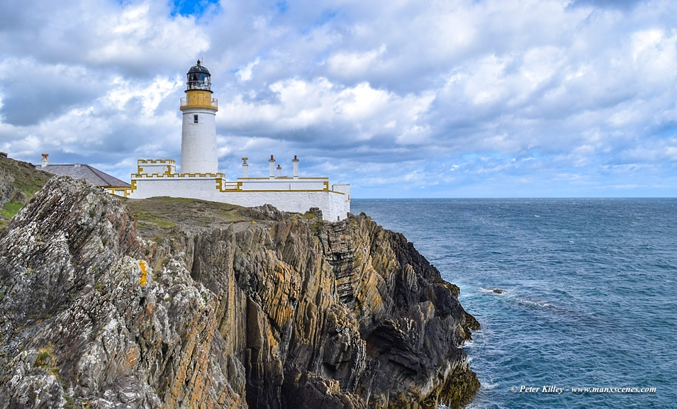 Douglas Head Lighthouse © Peter Killey - www.manxscenes.com