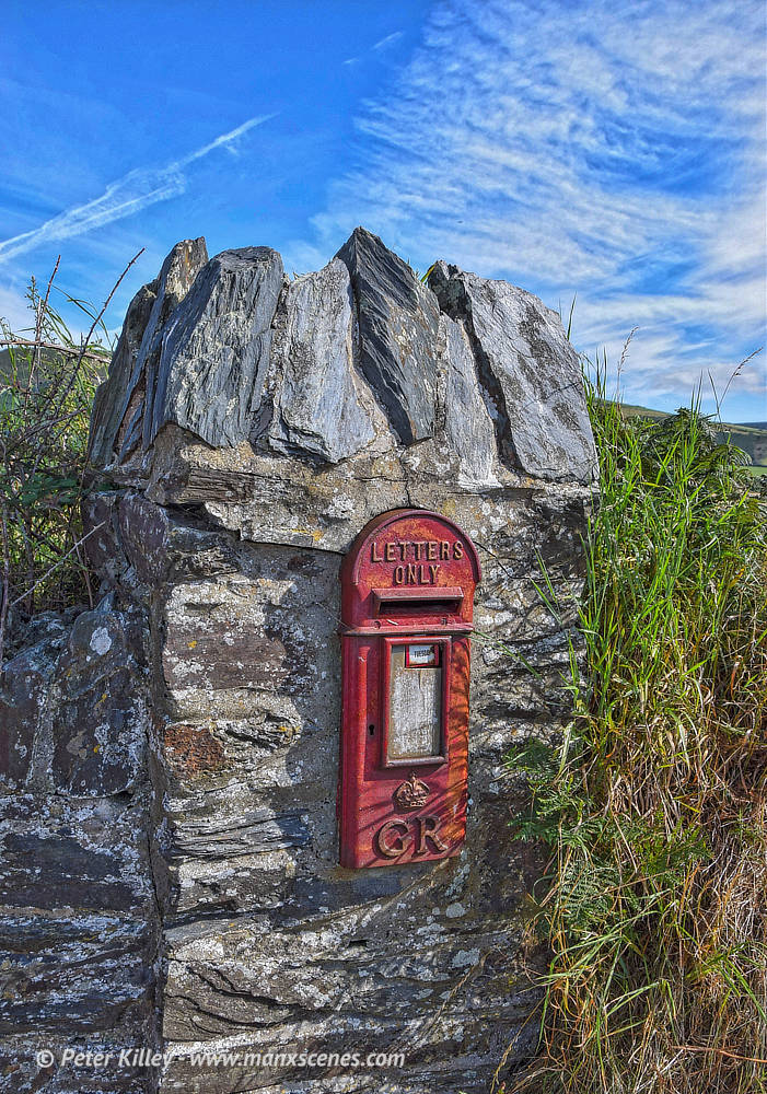Isle of Man Post Box © Peter Killey - www.manxscenes.com