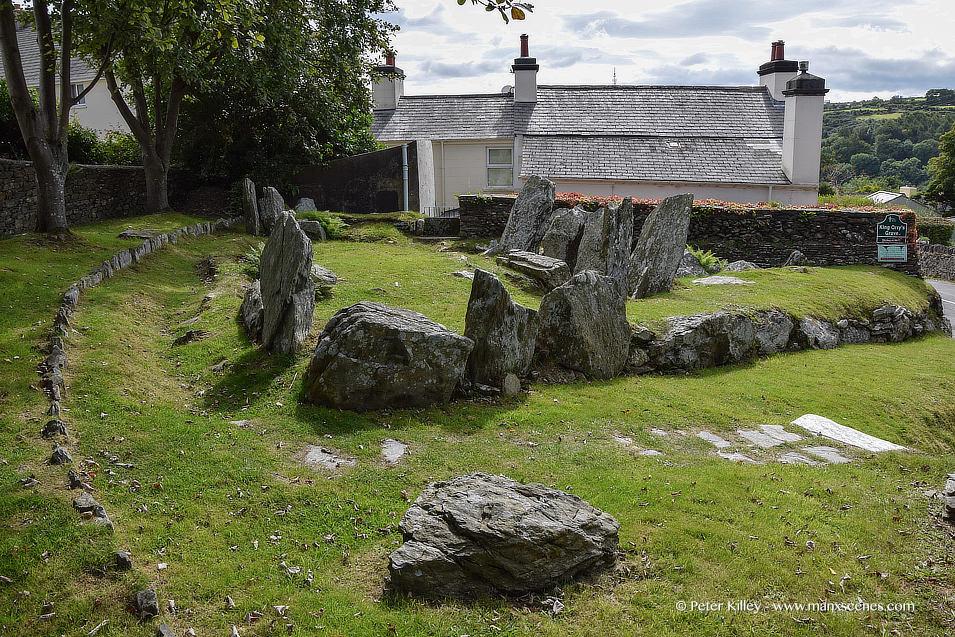 King Orry's Grave © Peter Killey - www.manxscenes.com