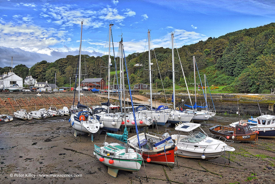 Low Tide Laxey Harbour © Peter Killey - www.manxscenes.com