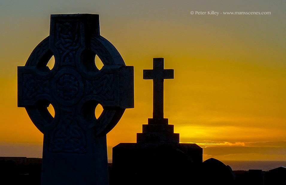 Jurby War Memorial © Peter Killey - www.manxscenes.com