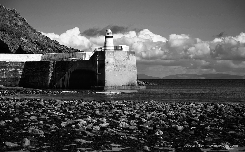 Laxey Harbour © Peter Killey - www.manxscenes.com