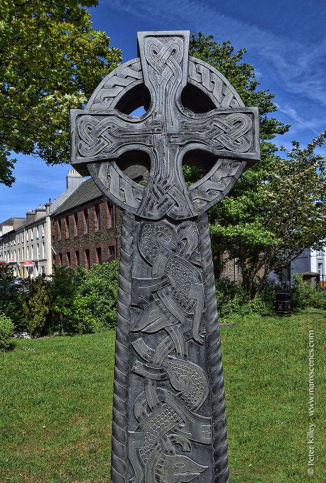 Celtic Cross © Peter Killey - manxscenes.com