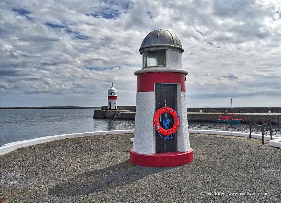 Castletown lighthouses © Peter Killey - www.manxscenes.com