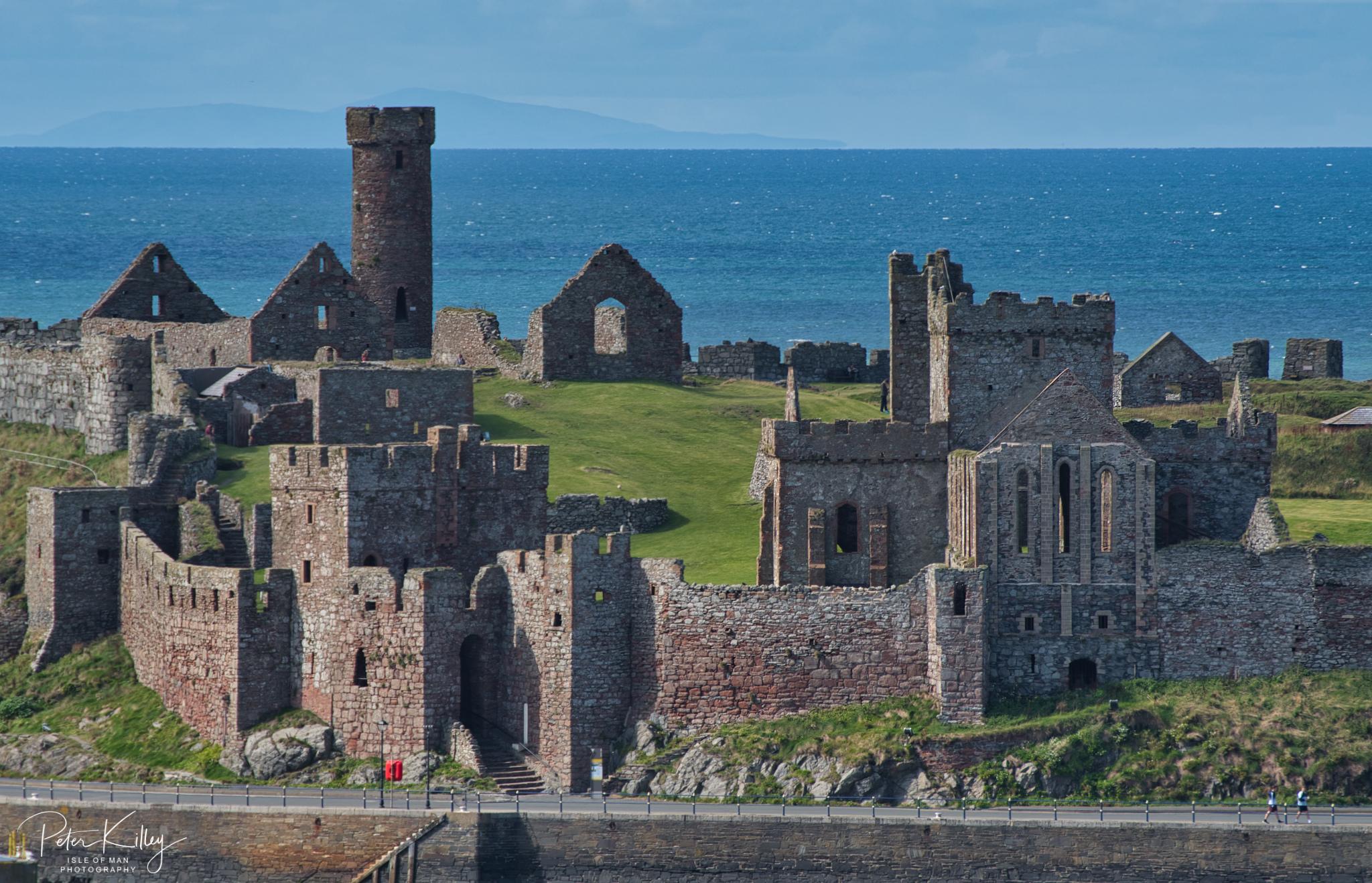 Peel Castle - © Peter Killey - www.manxscenes.com