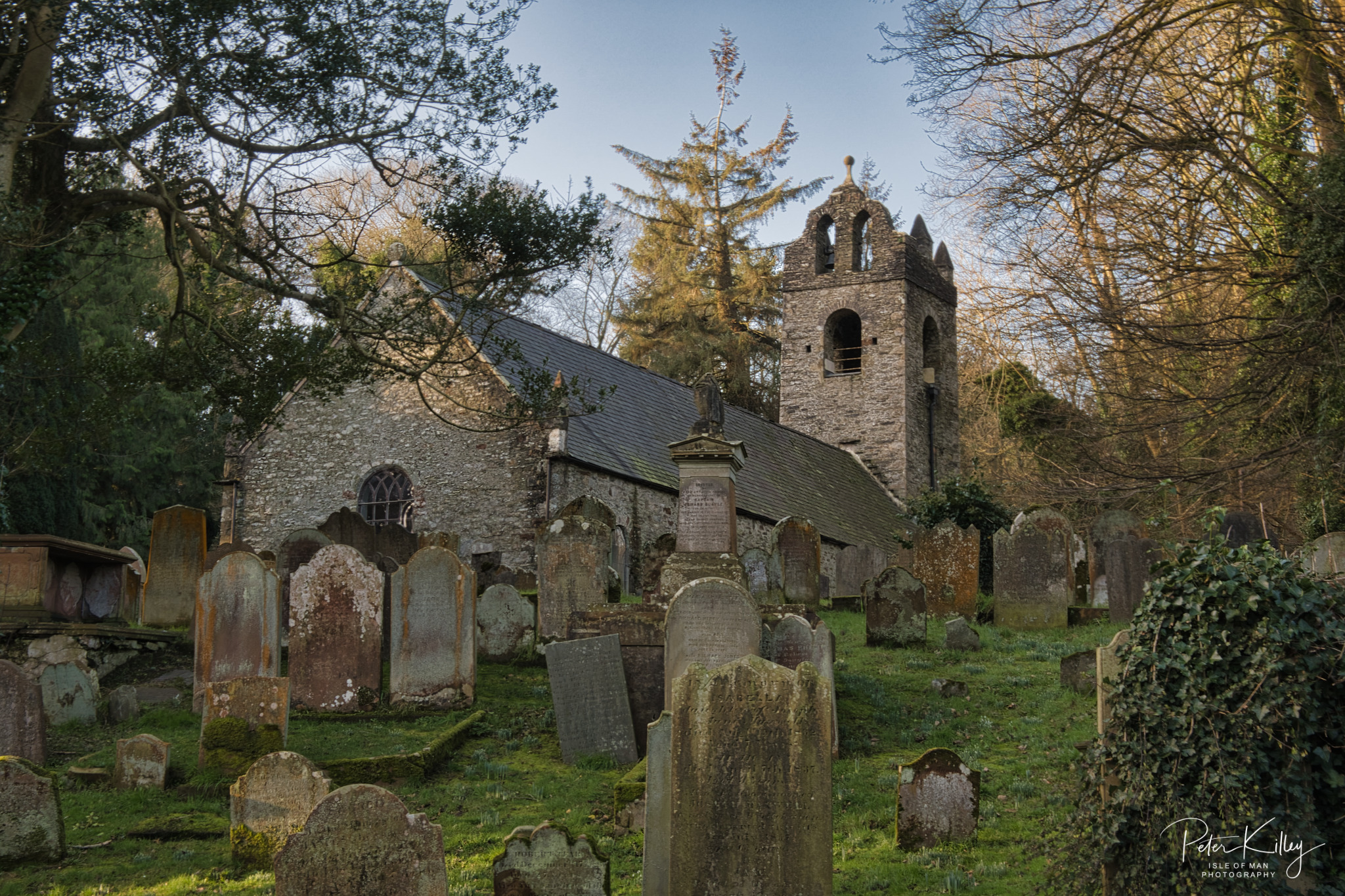 Braddan old Church - © Peter Killey - www.manxscenes.com