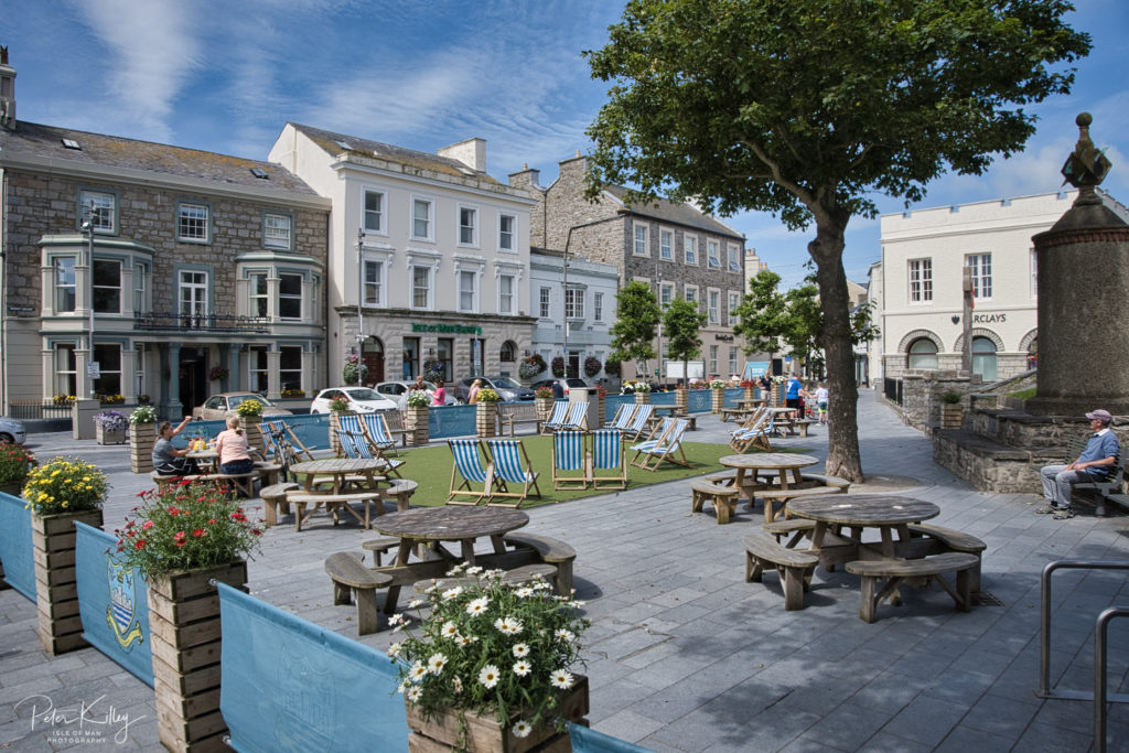 Castletown Square - © Peter Killey - www.manxscenes.com