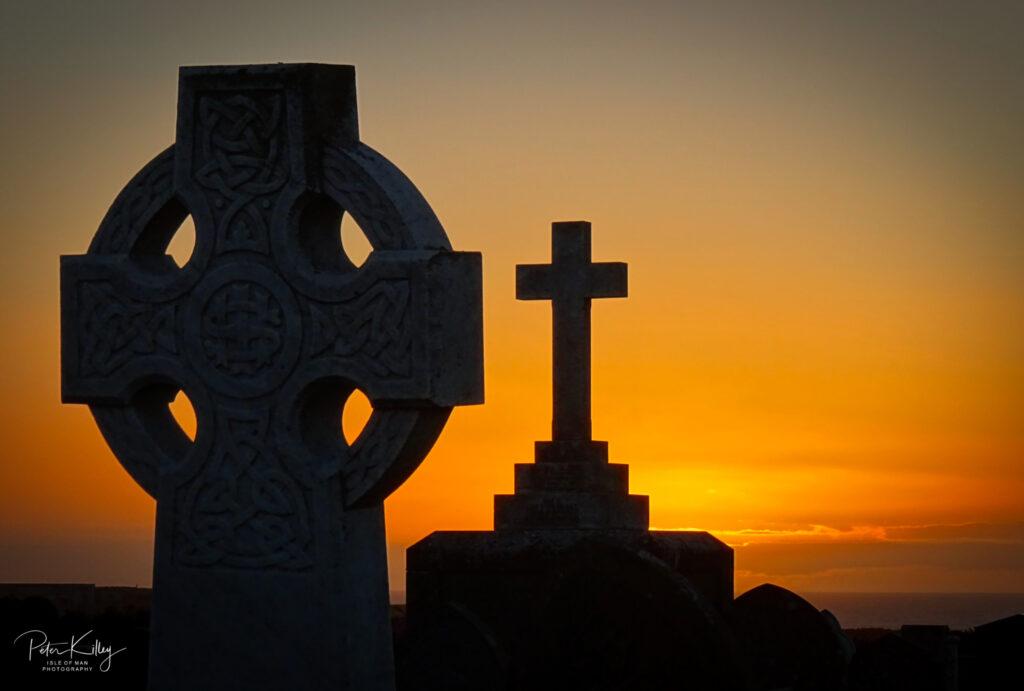 Celtic Cross War Memorial Jurby - © Peter Killey - www.manxscenes.com