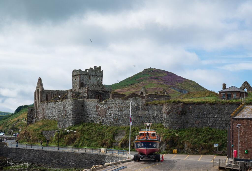 Peel Hill and Castle - © Peter Killey - www.manxscenes.com