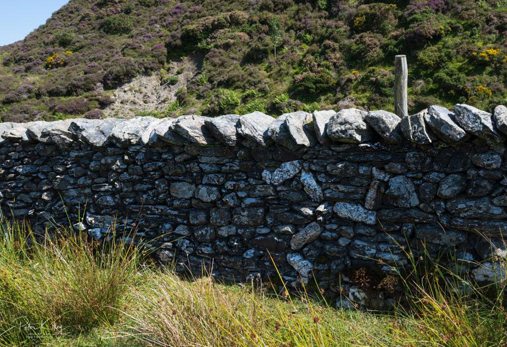 Manx Stone Wall - © Peter Killey - www.manxscenes.com